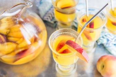 The BEST Peach Sangria Recipe Tutorial