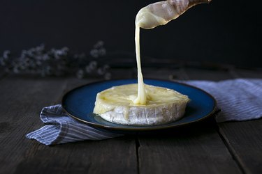 How To Warm Up Brie Cheese | eHow