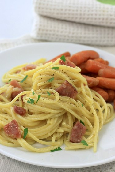 Pasta Carbonara with Ham and Roasted Carrots