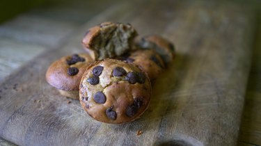 Peanut butter banana blender muffins topped with chocolate chips