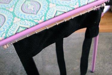 Closeup of the door attachment.