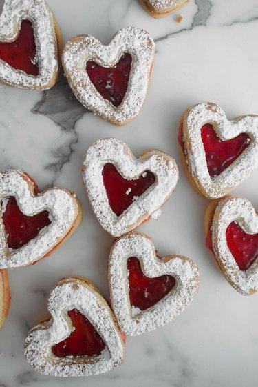 Enjoy your homemade linzer cookies!
