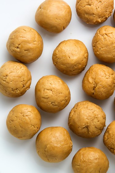 Freeze peanut butter balls for one hour.