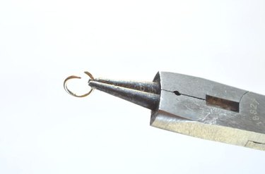 How to Wire Wrap a Quartz Crystal Point
