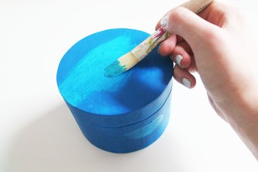 Painting a jewelry box