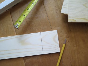 Draw a straight line on your wood board.