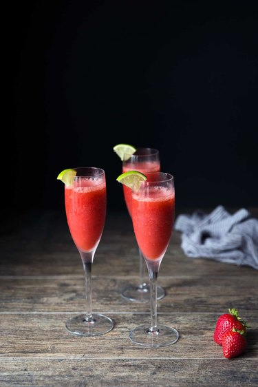 Recipe for Strawberry Daiquiri Cocktail | eHow