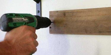 Rustic DIY Wall Rack for Knives