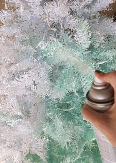 How to Create a Modern Christmas Tree Using Spray Paint