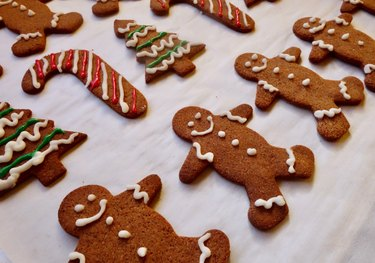 Gluten-free low-carb gingerbread cookies