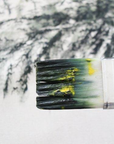 Bristles using dry brush technique