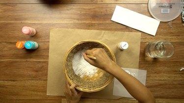 Painting basket for DIY desert-style basket.