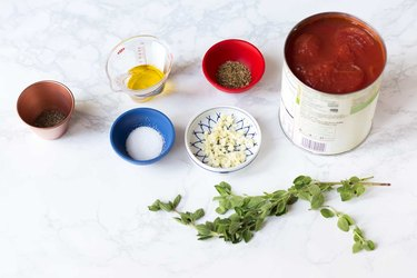 Easy Homemade Pizza Sauce Recipe | eHow
