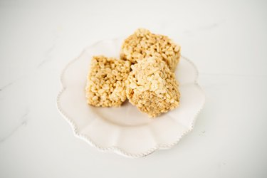 These Rice Krispie Treats are Soft, Chewy & Delicious!
