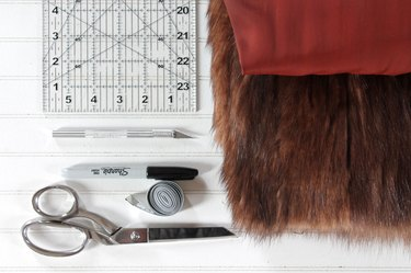 materials needed for fur hat