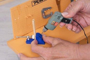 using the pocket-hole jig