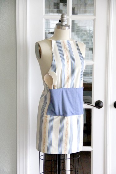 Easy apron sewing pattern