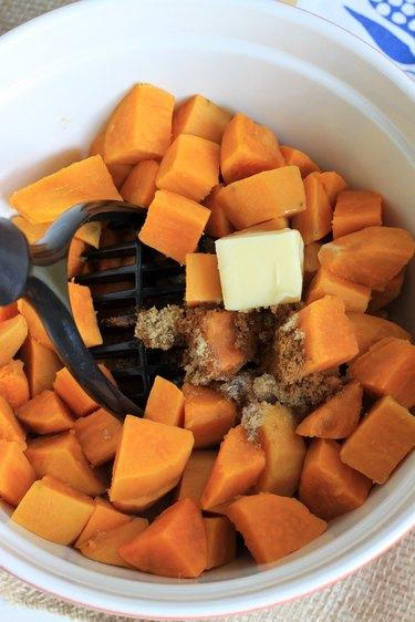 sweet potatoes mashing