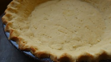 Gluten-free and low-carb coconut flour rolled pie crust