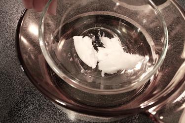 glass jar into a glass pot