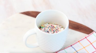 funfetti mug cake with sprinkles