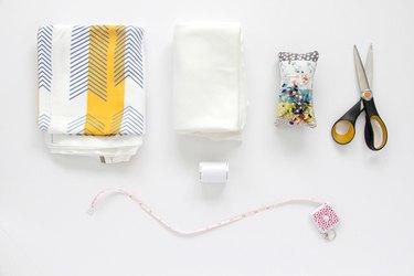 Knit pencil ruffle skirt materials