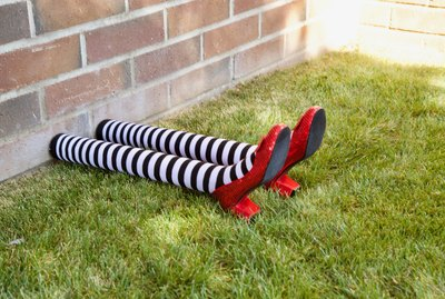 DIY 'Wizard of Oz' Wicked Witch Legs Halloween Decoration