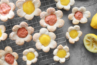 Mini flower tarts