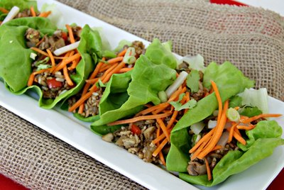 How to Make Healthy Turkey Lettuce Wraps
