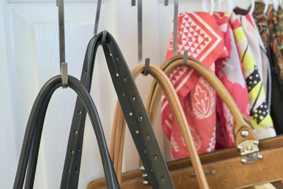 10 Money-Saving Closet Organization Hacks