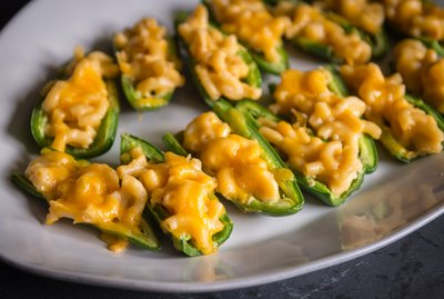 Baked Mac & Cheese Stuffed Jalapeños Recipe