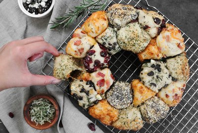 Mix & match savory pull-apart bread