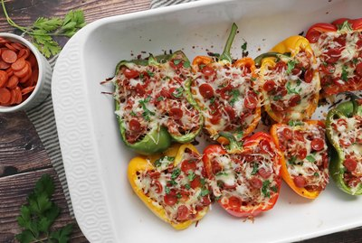 Pepperoni pizza stuffed peppers