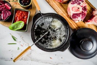 Beef meat fondue