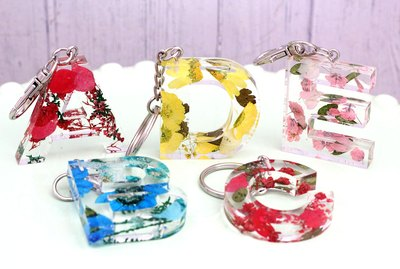 floral resin keychains