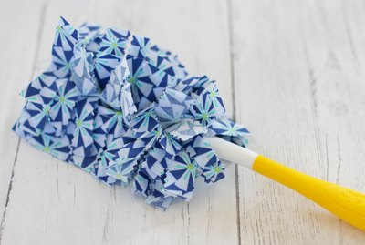 closeup of finished reusable Swiffer duster