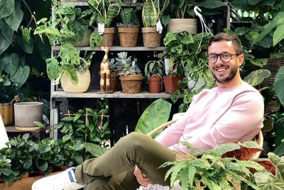 10 Houseplant Instagram Accounts We're Obsessed With