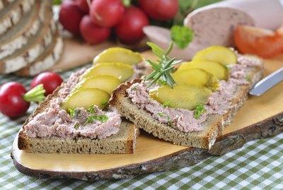 Liverwurst snack
