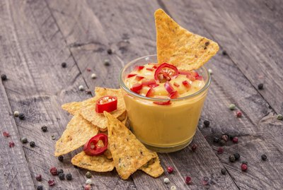 Fresh Cheese Sauce with Nachos