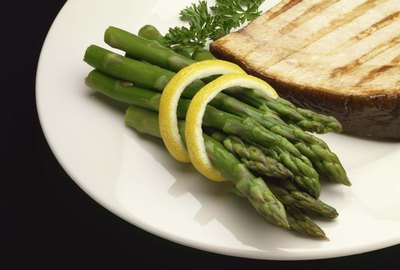 Grilled swordfish with asparagus