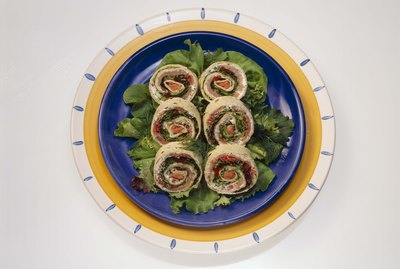 Cream cheese and salmon rolls