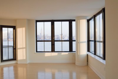 Vacant apartment, New York City, New York, USA