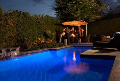 People at a poolside party