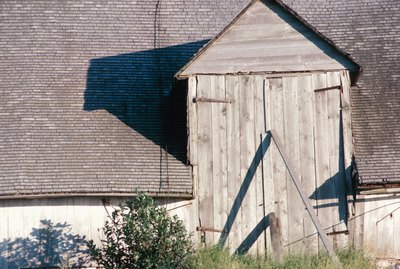 Sagging barn