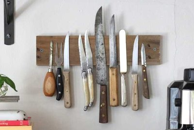 Create Your Own Rustic Wall Rack to Display Knives Tutorial