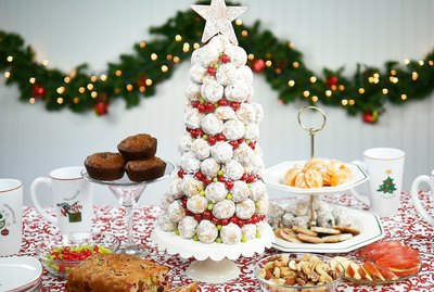 Powdered sugar donut hole Christmas tree