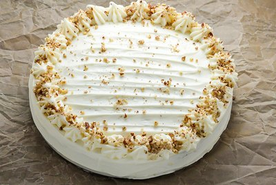 How to Make Thanksgiving Pumpkin Cake with Cream Cheese Frosting Recipe