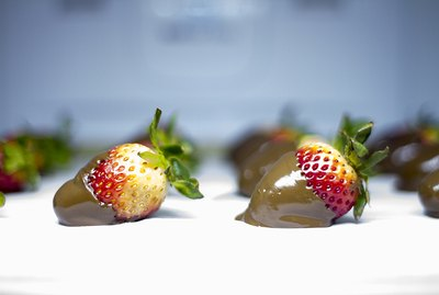 Refrigerate dipped strawberries