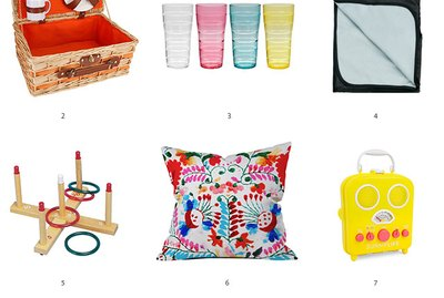 10 Essentials for a Backyard Picnic With Friends