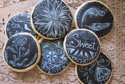 Chalk board cookies